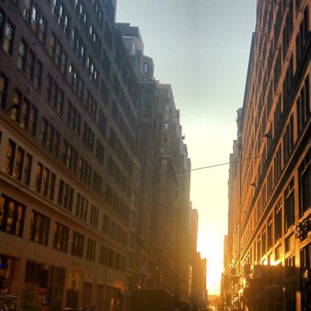 Manhattanhenge 2012 4th shot