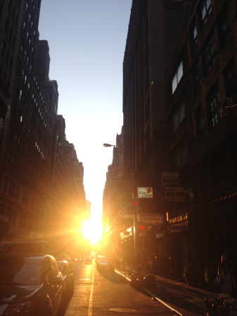 Manhattanhenge 2012 1st shot