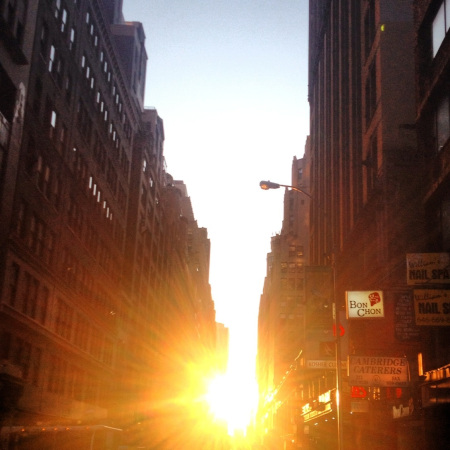 Manhattanhenge 2012 3rd shot